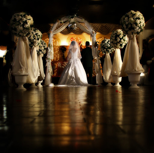 Precy's blog: Why can 39t a bride and groom take that ...