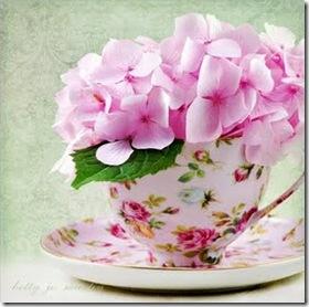 bjm_cup_pinkflowers2