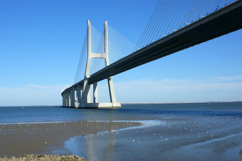 A ponte Vasco da Gama