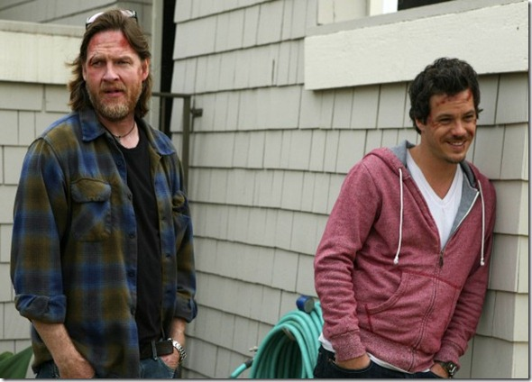 Donal-Logue-Michael-Raymond-James-Terriers-image-4-600x408