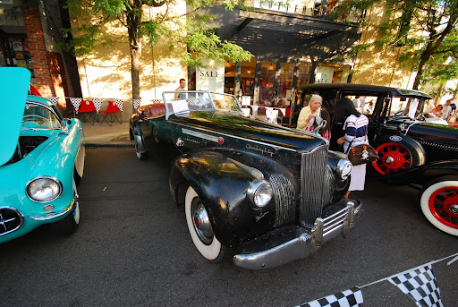 Pittsburgh Vintage Grand Prix - Walnut Street Car Show (Vwlarry,