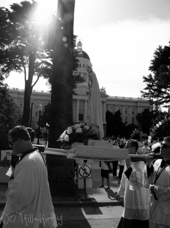 procession pic