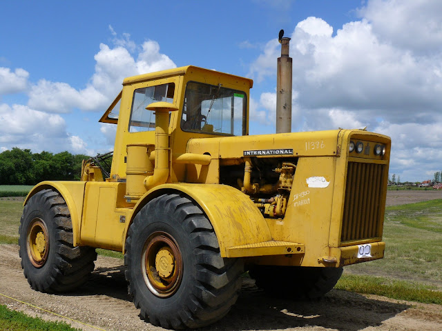 International 4300 Tractor : International tractor the combine forum