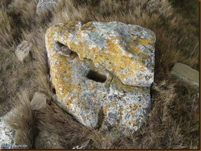Curiosa piedra trabajada - Castro de El Dorre - Artajona