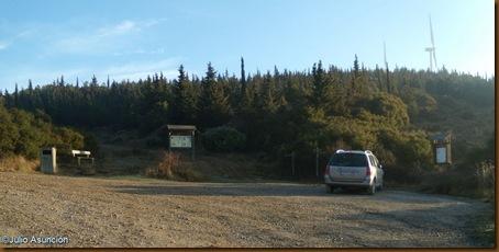 aparcamiento - ruta dolmenes de Artajona