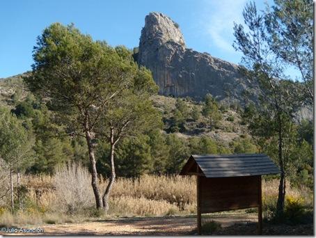 Vista de la peña - Ruta Cova Negra - Játiva