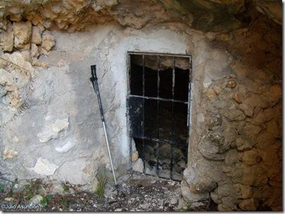Entrada de la Cova Fosca - Vall d´Ebo