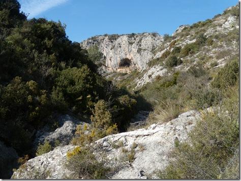 Abrigo de Les Torrunades desde el barranco - Vall d´Ebo