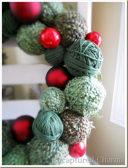 yarn christmas wreath 042a