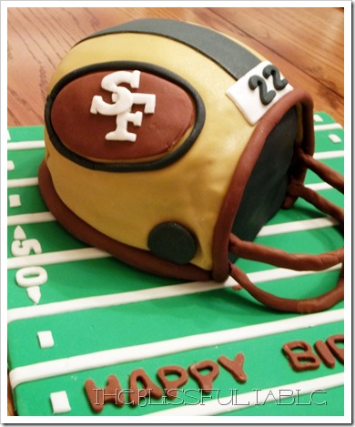 football helmet cake 3a