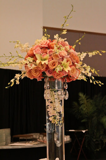 i love you man wedding decor. I love how they incorporated