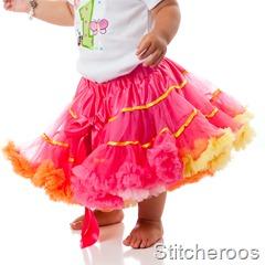 JGublersPhotography-20100805-Stitcheroos-016-Skirt