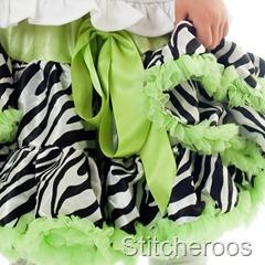JGublersPhotography-20100805-Stitcheroos-024-Square-Skirt