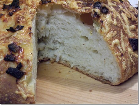 bba-roasted-onion-cheese-miche 032