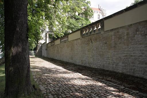 http://lh6.ggpht.com/_uzLsIJX7LLU/TSCaPNGZXYI/AAAAAAAAChE/XcvLIcd9fEQ/s512/Eichkaetzchen-Villapark-25072010-IMG_5276.JPG