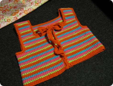 Tilde vest og kjole 016