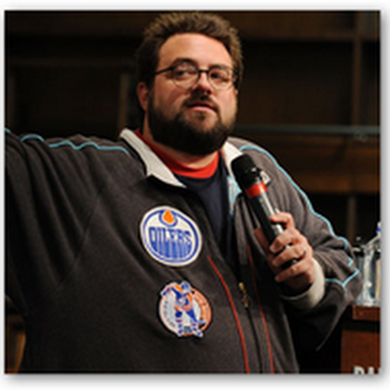 """Customer of Size Policy"" at Southwest Airlines Bumps Film Director Kevin Smith Off the Flight"