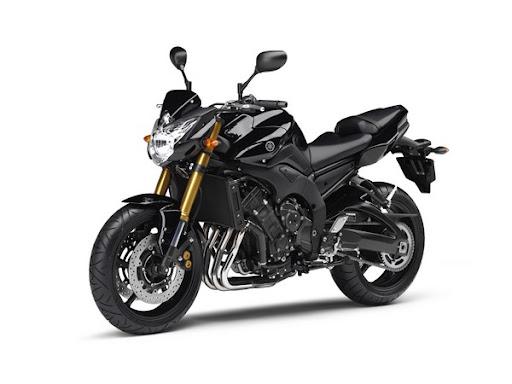 Yamaha Fazer 8 cor preta