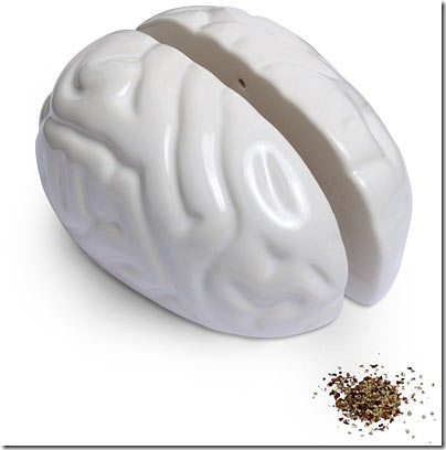 bac5_brain_salt_and_pepper_shakers