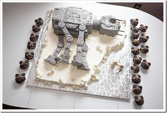Cake8StarWars-thumb-500x333-24714