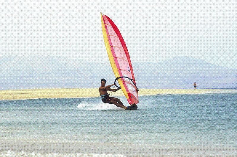 roo kean rogers speedsurfing