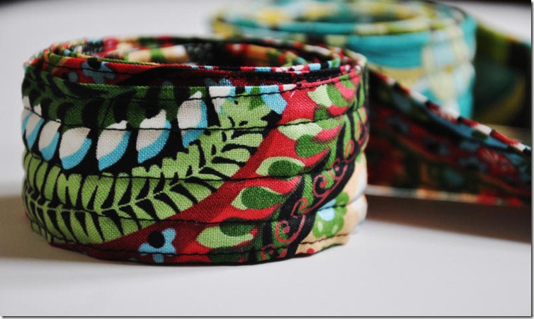 MOM belts 053