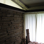 east bedroom.JPG