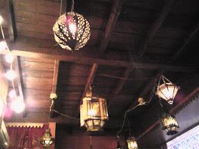 天井の装飾品