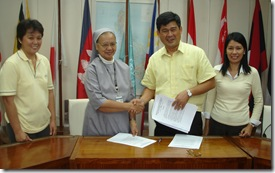 From left: Dr. Ayson, Sr. Agravante, Dr. Toledo and Ms. Olaguer during the signing of the MOU