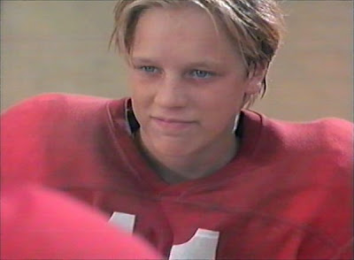 I think everyone had a crush on Devon Sawa at some point during their youth. How could we not include him?