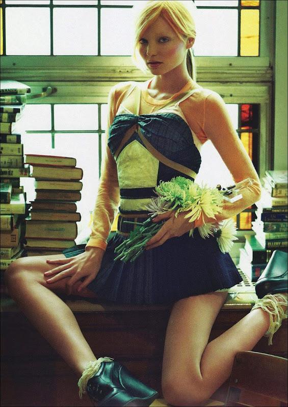 Miranda Kerr hair color