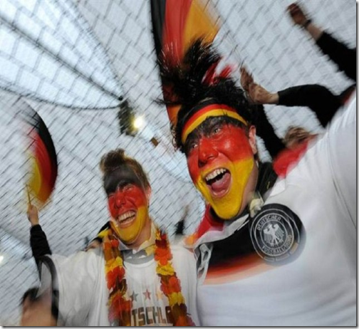 Amazing Fan Photos of 2010 FIFA World Cup