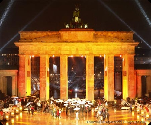 20th anniversary of the fall of Berlin Wall008