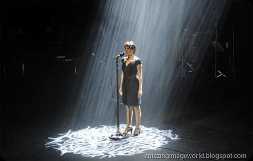 Spanish singer Luz Casal001