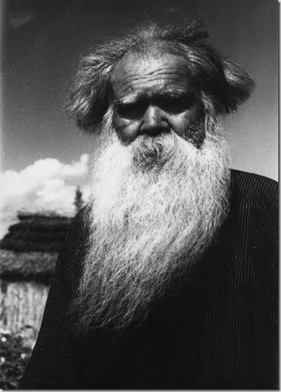 Anziano Ainu, villaggio di Shiraoi, 1940