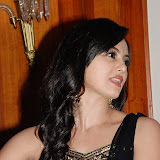 sana-khan-5-8.jpg
