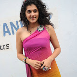 taapsee-pannu-14-7.jpg