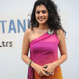 taapsee-pannu-14-8.jpg