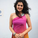 taapsee-pannu-14-35.jpg