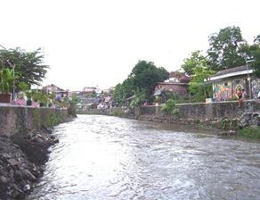 sungai code yogya (ditanggul)