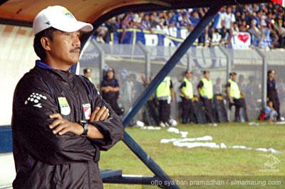 Jaya Hartono Persib vs Arema 2009/2010