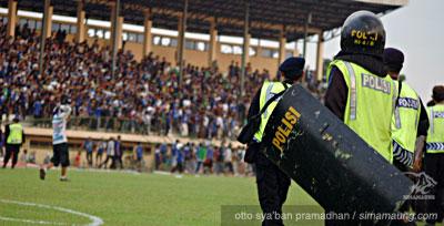 Pelita Jaya vs Persib 2009/2010