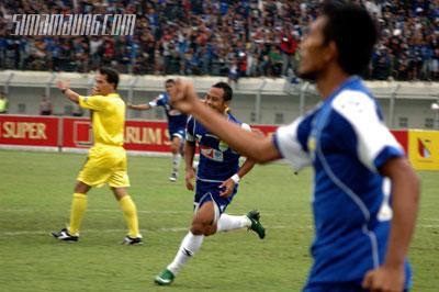 Atep Persib vs Persitara 2009