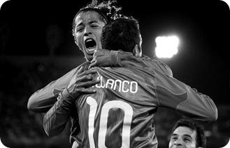Celebrando 2do gol, Franco y Dos Santos