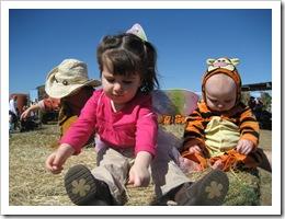 Cowboy Ethan, Fairy Kate & Tigger Reid, 10-24-09