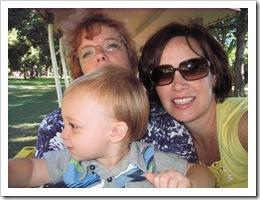 Gramma, Jenny & Reid - Oct. 2010