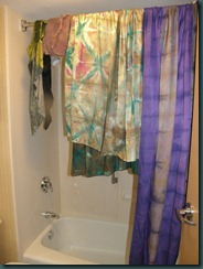 Drying fabrics in the bathroom