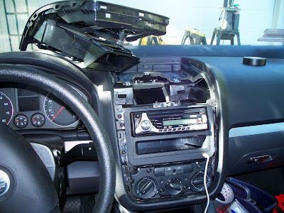 tips for installing an aftermarket stereo what i wish i had known rh vwforum com 2002 Jetta Wagon 2002 Jetta Interior