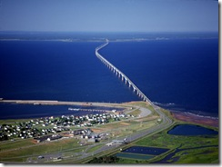 pic_wonder_confederation_bridge_lg