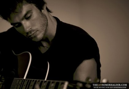 ian-somerhalder-pictures-012